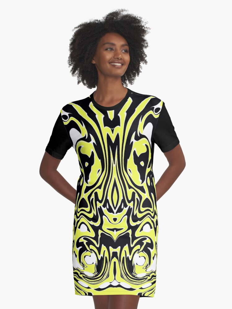 YELLOW IN TO BLACK AND WHITE Graphic T-Shirt Dress Front