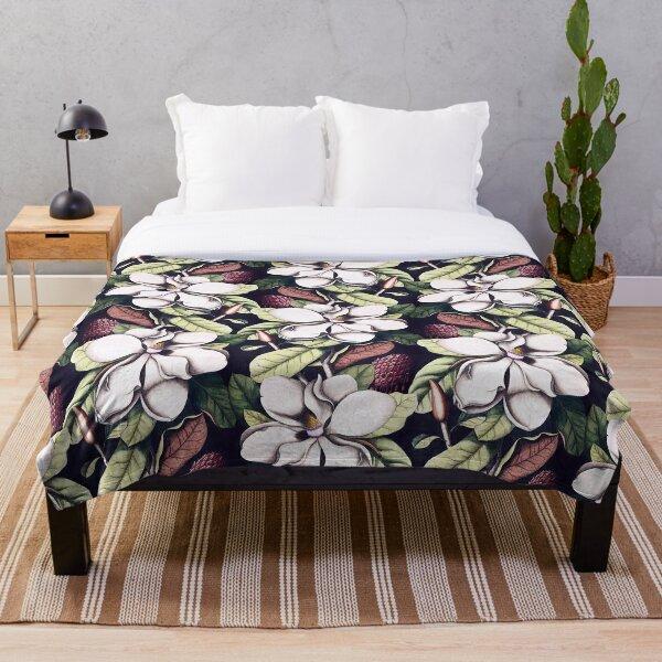 Magnolia flower Throw Blanket