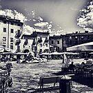 Piazza della Anfiteatro - Lucca by Doug Cook