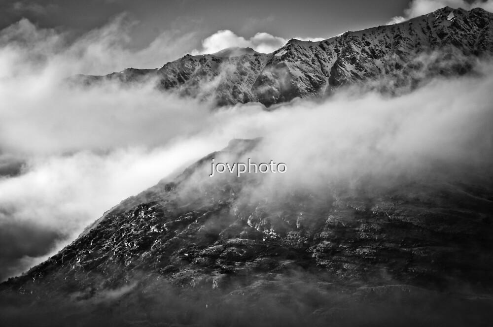 Mountain Range NZ by jovphoto