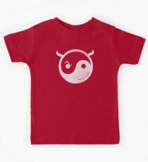 cool yin yang diablo Kids Tee