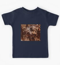 Rusty sculpture Kids Tee