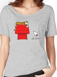 SNOOPY VS HOBBES Women's Relaxed Fit T-Shirt