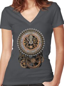 Vintage Steampunk Clock (Stopped at Midnight!...OO-Er!!) Women's Fitted V-Neck T-Shirt