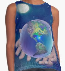 Hands holding the world Contrast Tank
