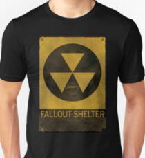 Fallout Shelter - Old & Busted! T-Shirt