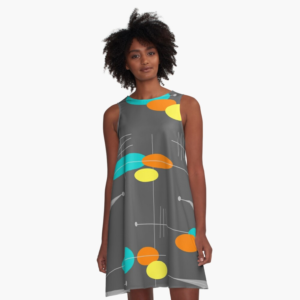 Spheres and Triangles A-Linien Kleid