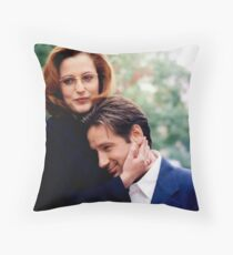 The X Files - #20 Throw Pillow