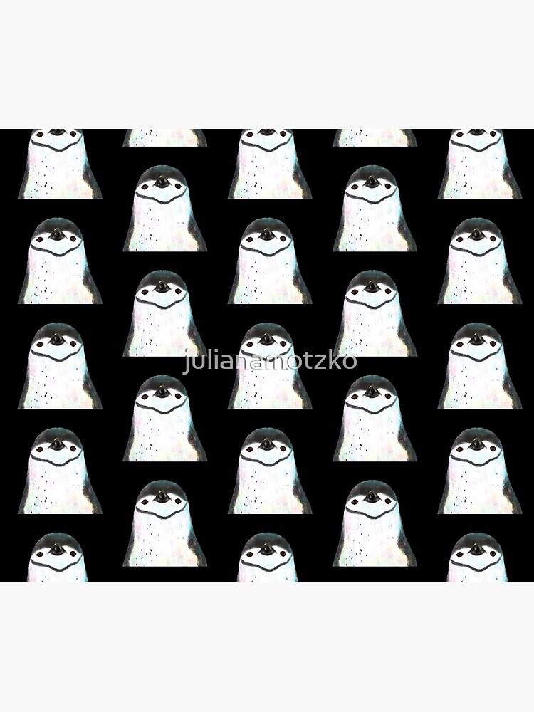 Chinstrap Penguin by julianamotzko