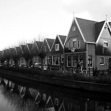 black&white Volendam  by NyiZla