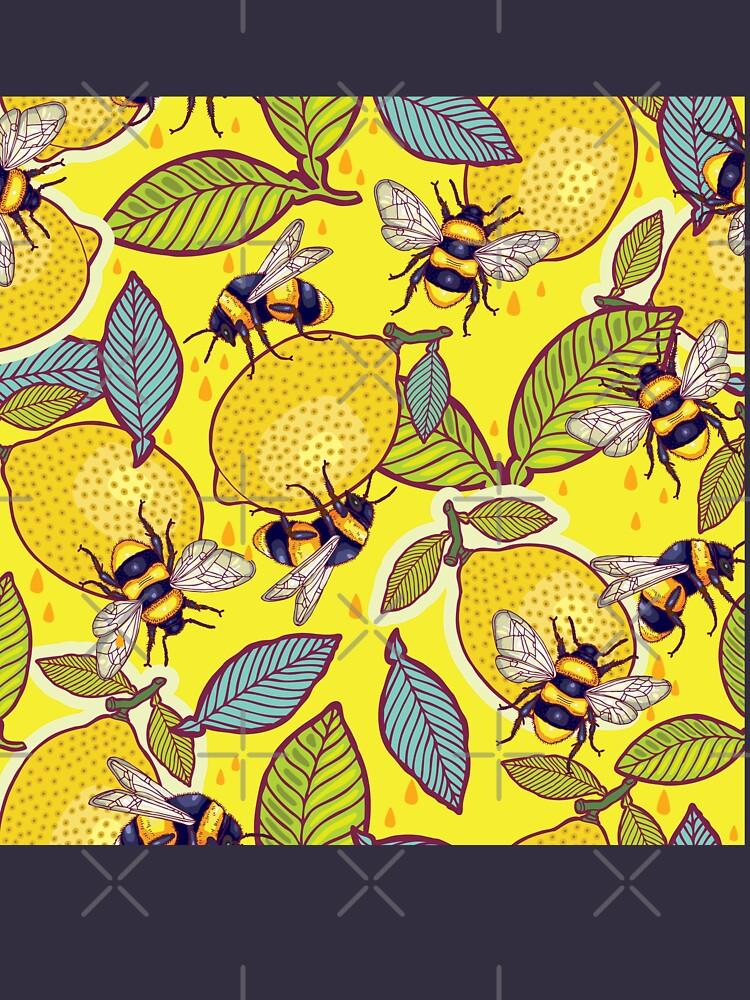 Amarillo limón y jardín de abejas. de smalldrawing