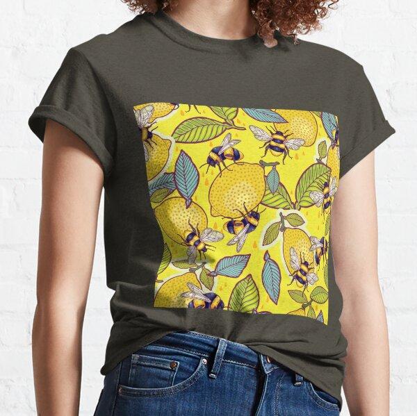 Jardin de citron jaune et d'abeille. T-shirt classique