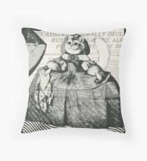 Princesse Infanta Margarita Throw Pillow