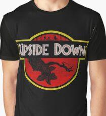 Camiseta gráfica Upside Down