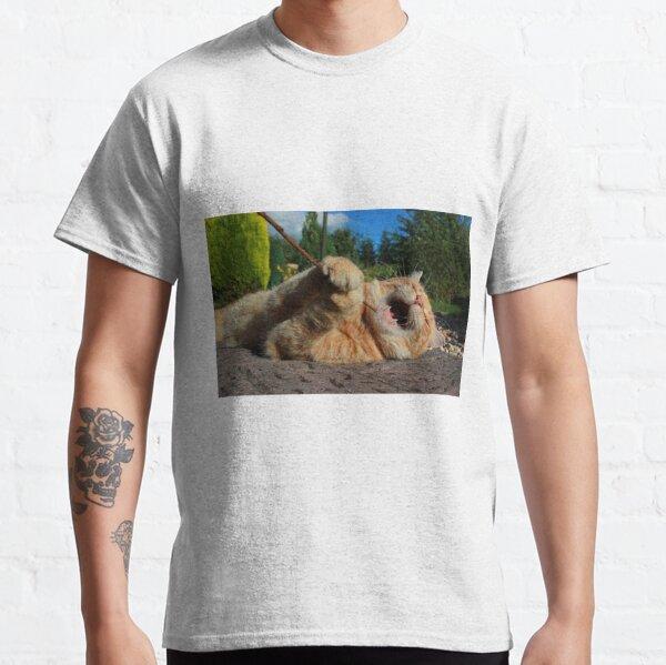 Karaoke kitty Classic T-Shirt