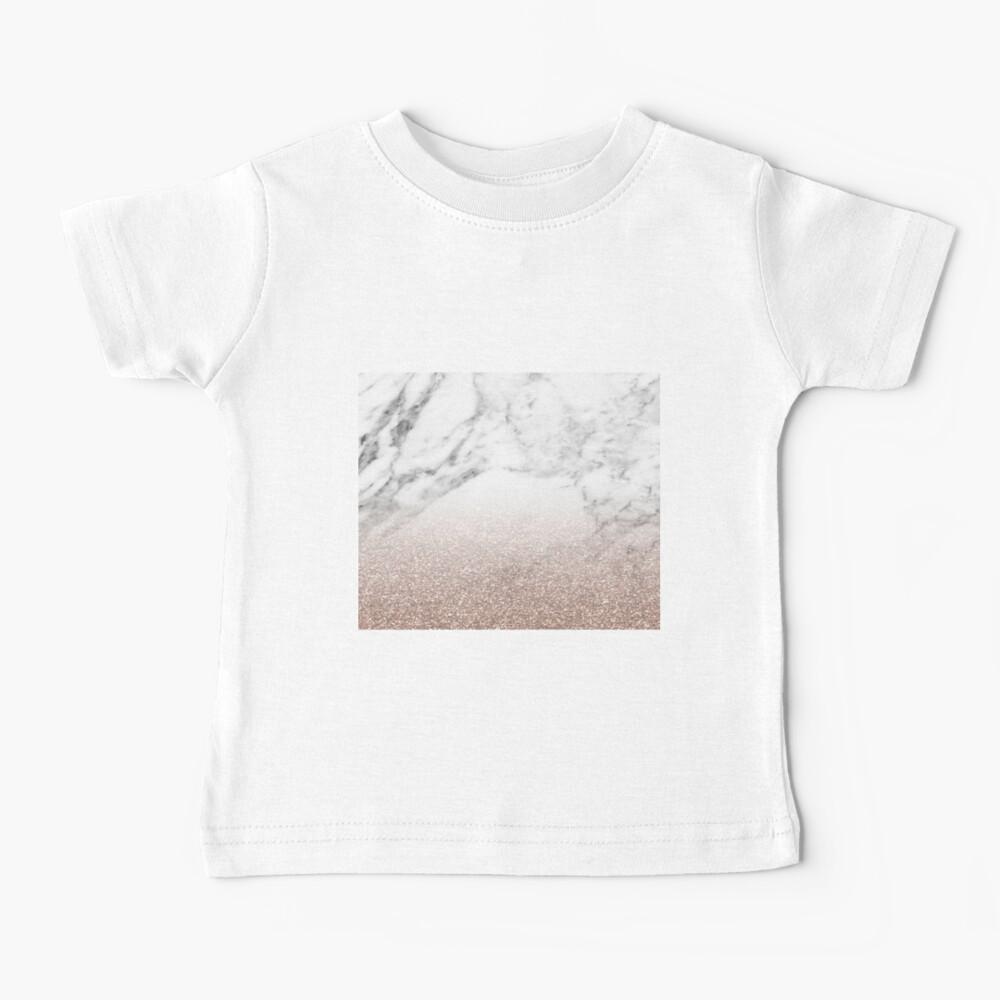 Rose Gold Glitter auf Marmor Baby T-Shirt