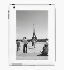 Paris. Eiffel Tower. Film Camera Photography ® iPad Case/Skin