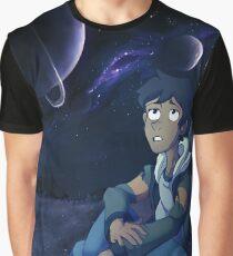 Gazing Graphic T-Shirt