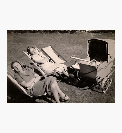 The relaxed attitude to parenting in the 1930s. Photographic Print