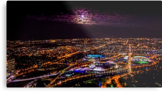 Blood Moon Rising Over Melbourne Victoria - 28 Sep 2015 by sjphotocomau