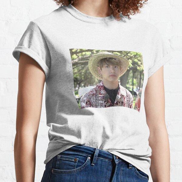 BTS GRUBBY JUNGKOOK HAWAII MEME Classic T-Shirt