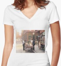Clam seller on Mulberry Bend, New York, ca 1900 Fitted V-Neck T-Shirt