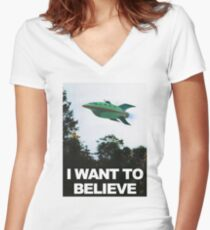 I Want To Believe - Futurama Women's Fitted V-Neck T-Shirt