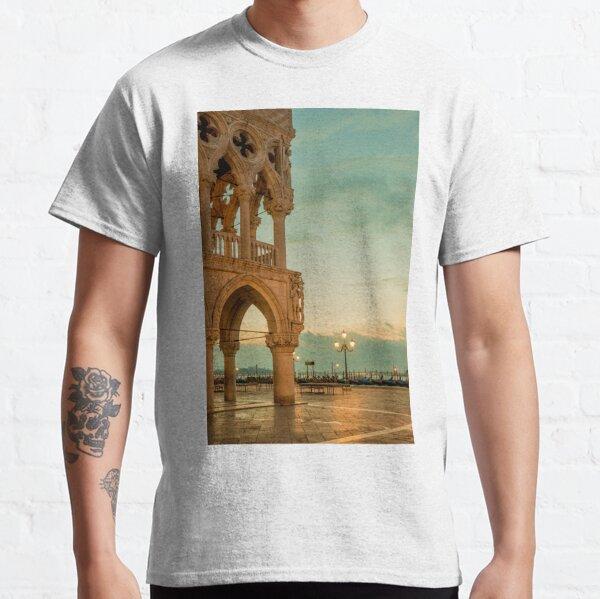 Doge's palace Classic T-Shirt