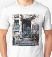VIETNAMESE FACADE Unisex T-Shirt