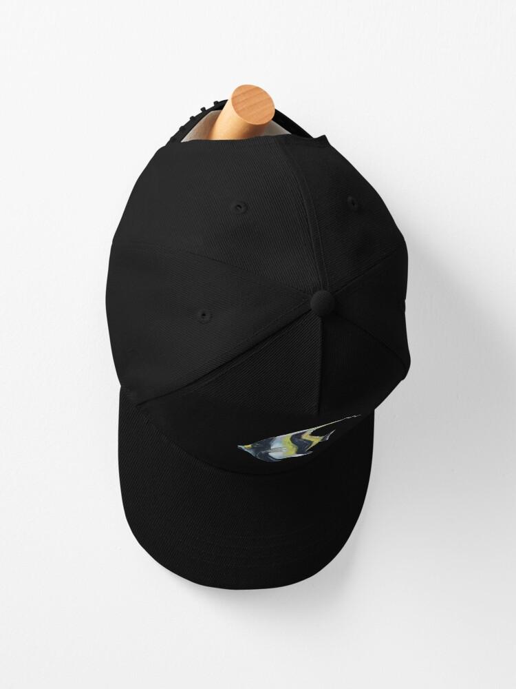Alternate view of Banner fish  Cap