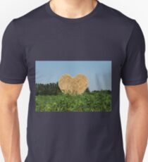 heart hay in the countryside T-Shirt