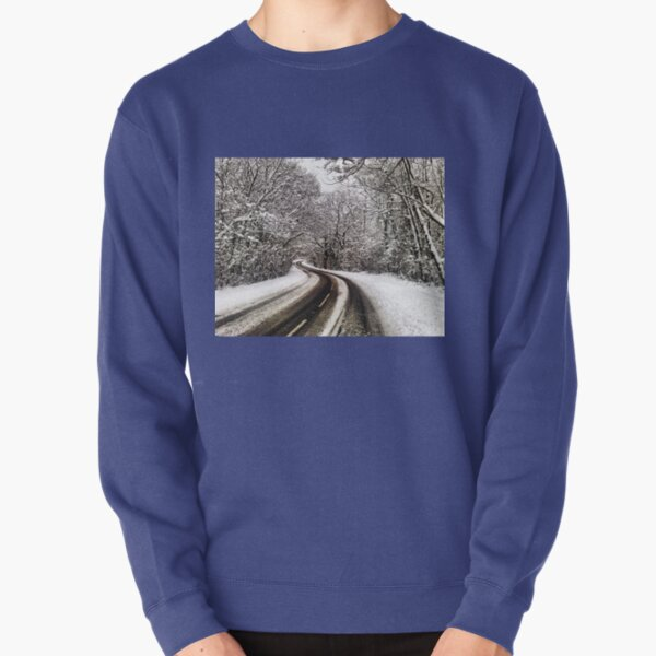 Snowfall on trees and road of Guildford London Pullover Sweatshirt