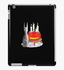 Spooky Halloween Black Cat and Jack-O-Lantern iPad Case/Skin