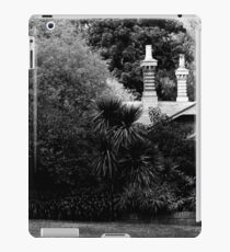 Garden in Balck & White iPad Case/Skin