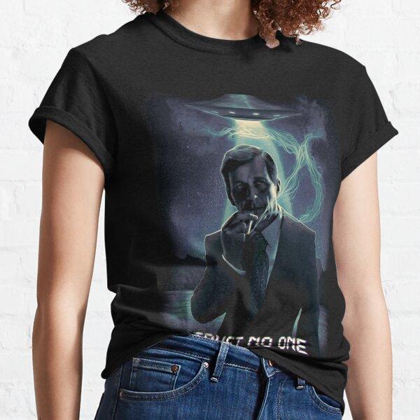 Trust no one - Cigarette Smoking Man Classic T-Shirt