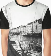 point of wiew copenhagen Graphic T-Shirt