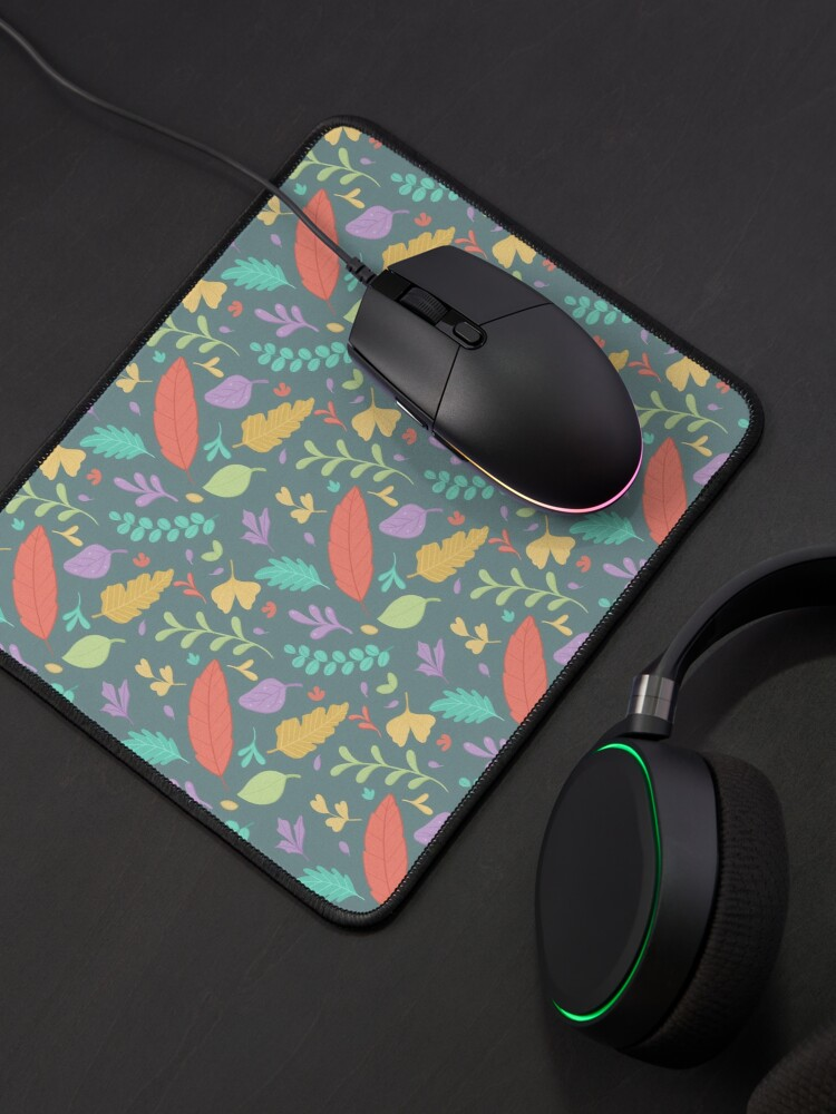 Alternate view of Nature Leaves Pattern Mouse Pad