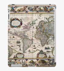 Map Nova totius terrarum orbis geographica (1635) iPad Case/Skin