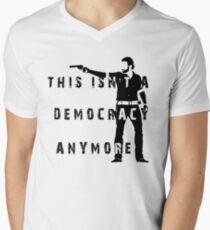 Rick Grimes - The walking dead Men's V-Neck T-Shirt