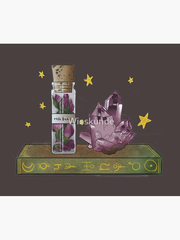 A love spell neads rosebuds by Wieskunde