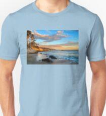 Laguna Beach: Rockpile Beach Unisex T-Shirt