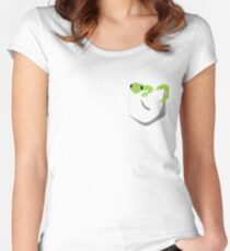 Pocket Gecko Women's Fitted Scoop T-Shirt