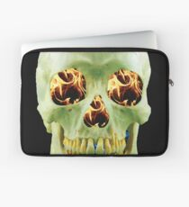 Skull with eyes of fire Laptop Sleeve