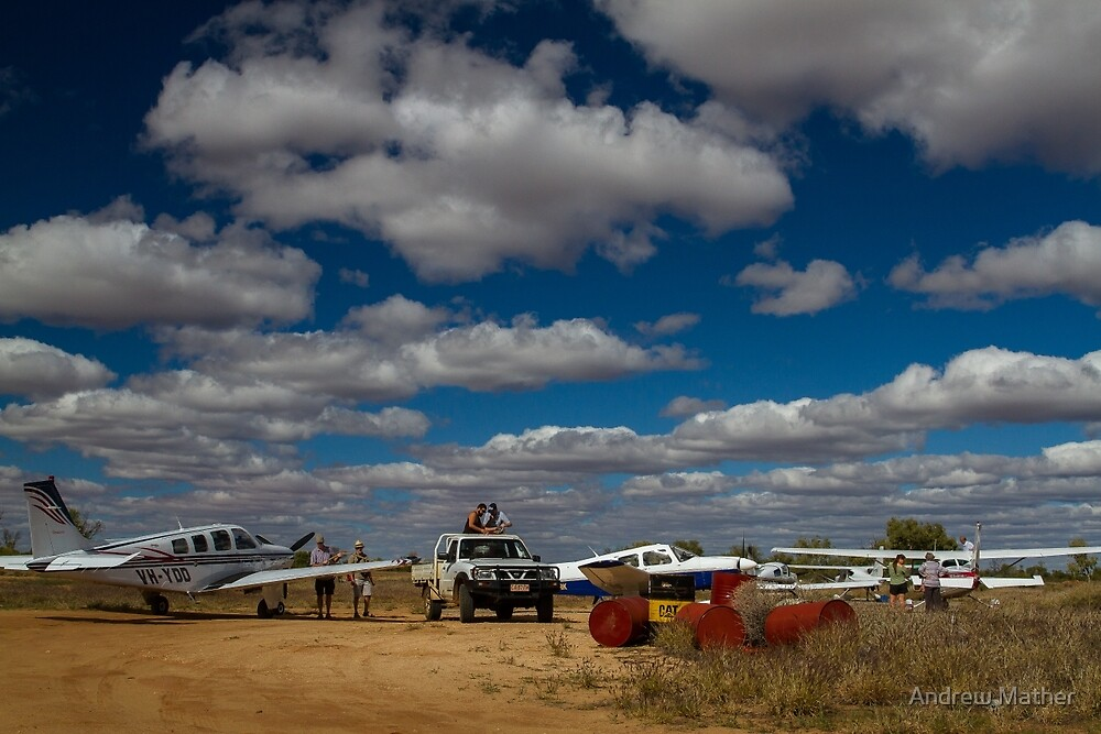 Refuelling at Tilmouth Well by Andrew Mather