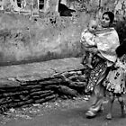 On the Street in India & Nepal: Photographic Images by Valerie Rosen by Valerie Rosen