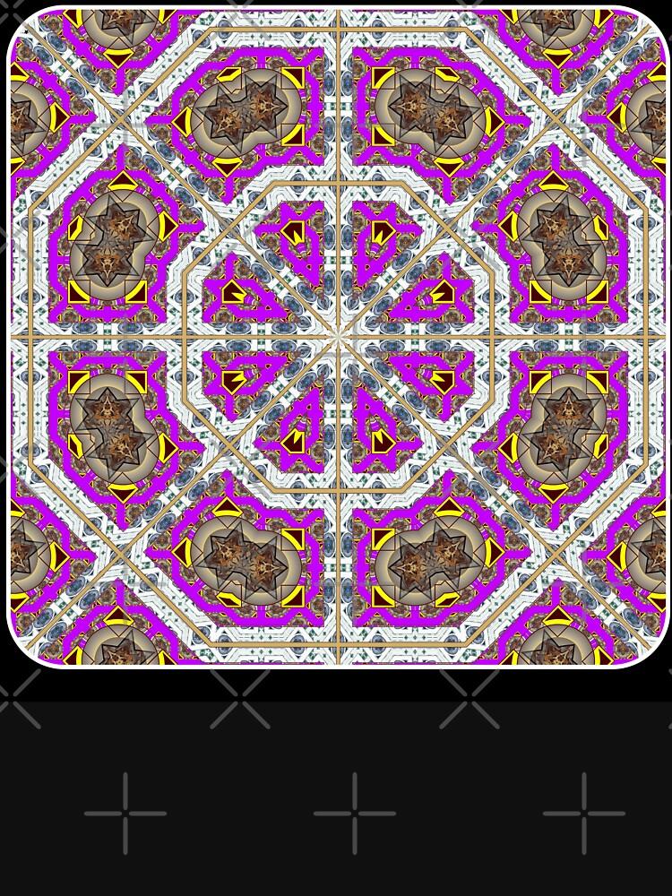 El octágono rosa de HEBEBE