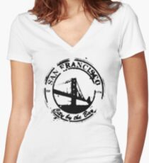 San Francisco - City By The Bay - Grunge Vintage Retro T-Shirt Women's Fitted V-Neck T-Shirt
