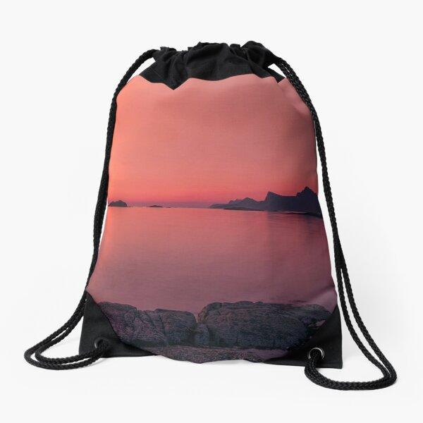 Midnight sun in Lofoten Drawstring Bag
