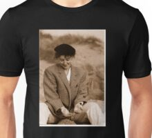 'Donna Williams' aged 26 Unisex T-Shirt
