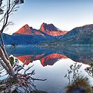 Cradle Mountain Sunrise by Rod Kashubin